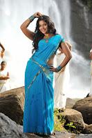 HeyAndhra Anjali Latest Glamorous Saree Stills HeyAndhra.com