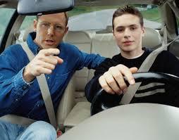 thi lái xe ngoài đường trường