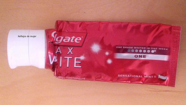 colgate_max_white