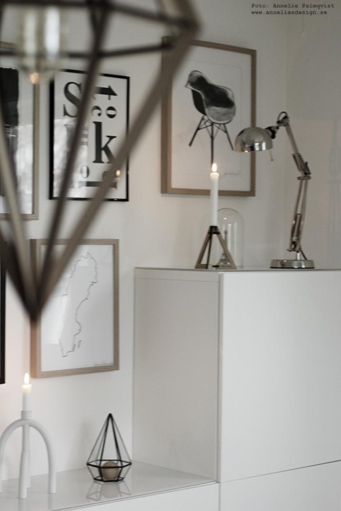 annelies design, webbutik, lampa, döden, lampan, lampor, poster, posters, print, prints, konsttryck, tavlor, tavla, tavelvägg, tavelväggar, ljusstake, ljusstakar, arcus, eiffeltorn prydnad, eiffeltornet, glaskupa, ikea bestå, skåp, vitt, vit, vita, svartvitt, svart och vitt, svartvita, inredning, gästrum, webshop, nätbutik, nätbutiker, nettbutikk,