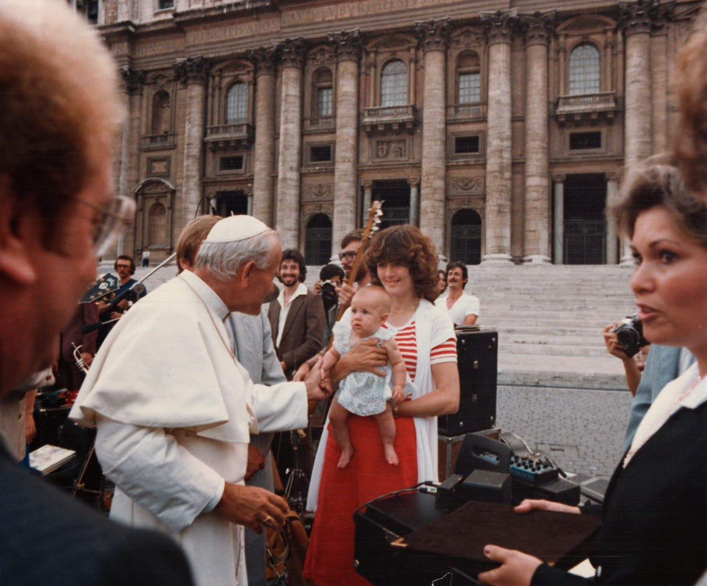 Living Sound Vatican Audience and Concert Aug. 13, 1980, L/R: Terry Law, Randy Faye, Team III (background), Pope John Paul II, Joel-Vesanen, John Paul II, Duane Nichols, Dave Berry, Baby Carrie McKibben, Nancy McKibben, Jan Law (foreground)