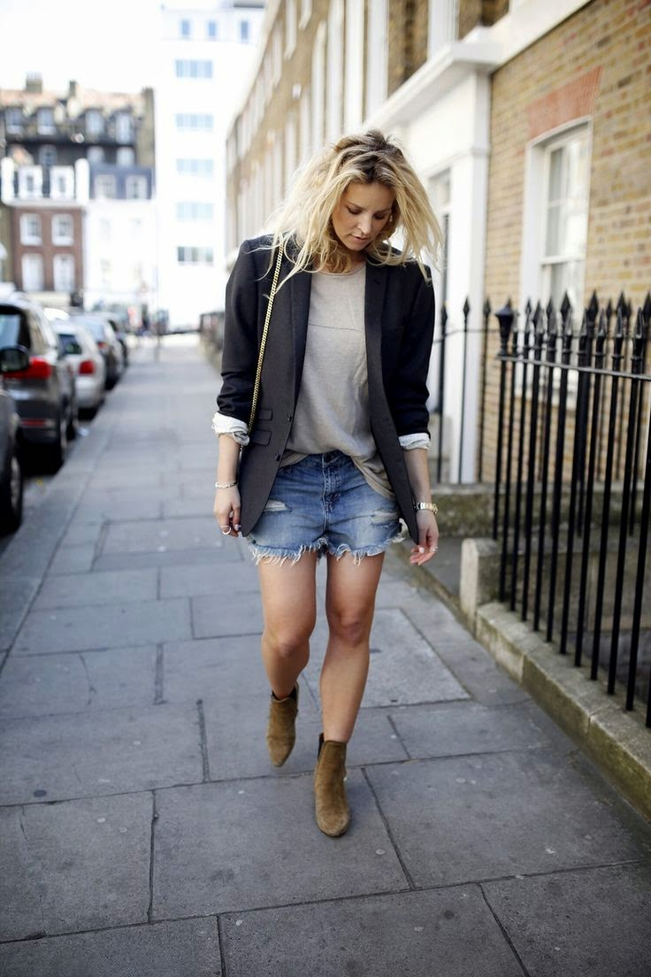 Anouk Yve Denim Cut Off Shorts Suede Booties
