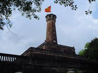 Torre y Bandera de la Ciudadela de Hanoi