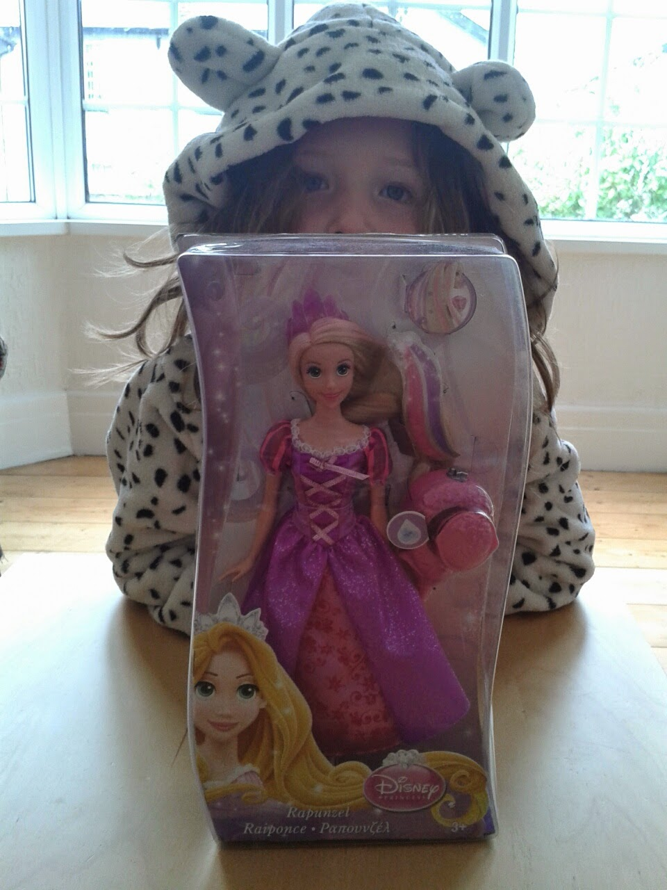 Review:  Disney Princess Colour Magic Brush Rapunzel From ToysRus