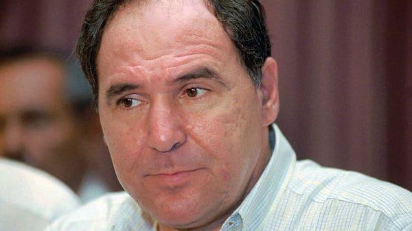 El polémico político fue destituido en 1997 por presunto deterioro de su estado mental