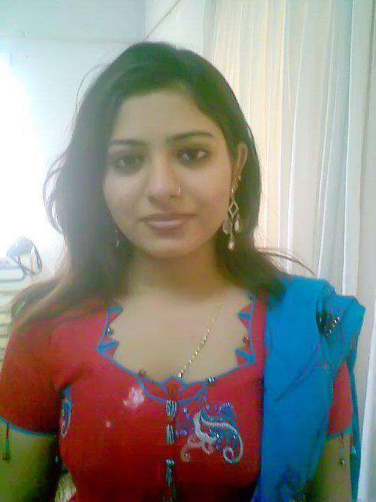 Bangladeshi Meyeder Modern Pose ((((