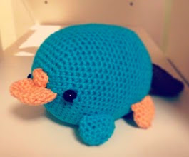 http://translate.google.es/translate?hl=es&sl=en&tl=es&u=http%3A%2F%2Forigamiandpanda.blogspot.it%2F2012%2F12%2Fperry-platypus-ornitorinco-pattern.html
