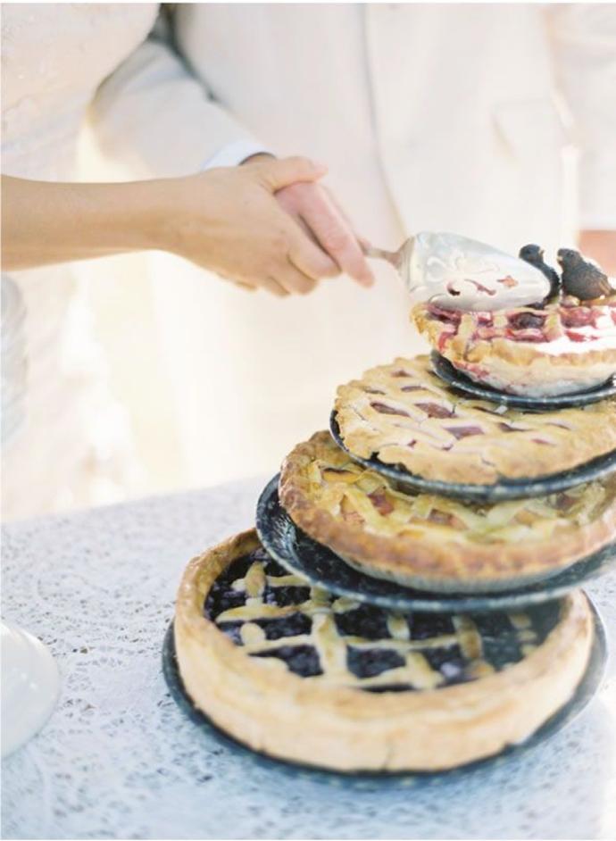 Tarty na wesele, ciasta na wesele, tort weselny z tarty, tort weselny inne alternatywy, Tort weselny, przyjęcie weselne, wesele, słodki stół', słodkości na weselu, organizacja wesela, dekoracja stołu słodkiego, Inspiracje ślubne