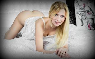 Horny and twerking - Lisa%2BDawn-S01-013.jpg