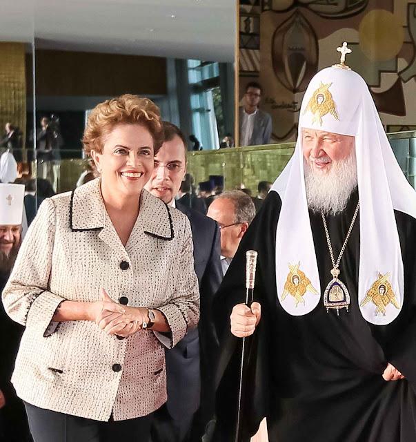 Dilma recebe Kirill em Brasilia com a alegria dos velhos agentes da internacional comunista que se reencontram Foto Agência Brasil.