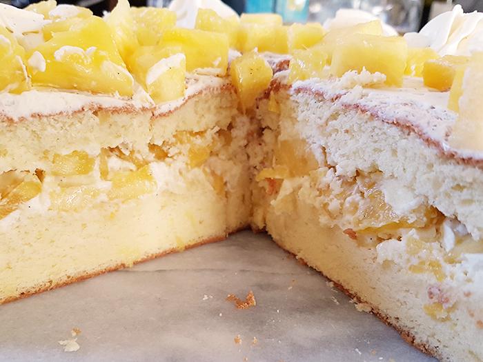 NUDE CAKE NAKED CAKE ANANAS BLOG NIMES NIMOISE 11