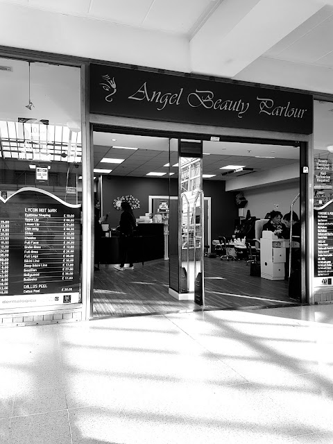 ANGEL BEAUTY PARLOUR CROYDON FOR HENNA TATTOO