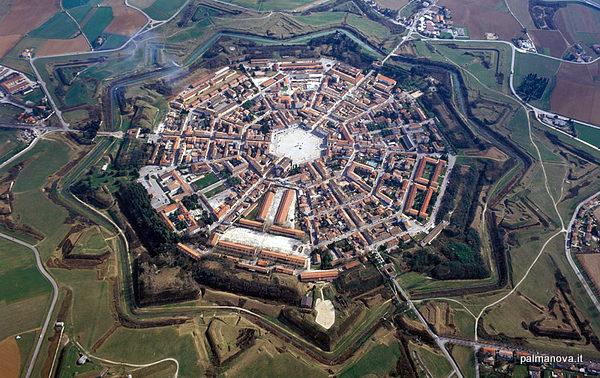 Vista aérea de Palmanova (Palmanova, Italia)