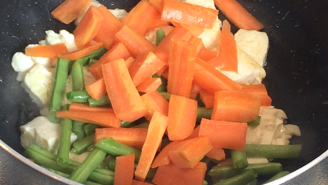 Tofu, carrots and Green Beans tofu couscous stir fry recipe