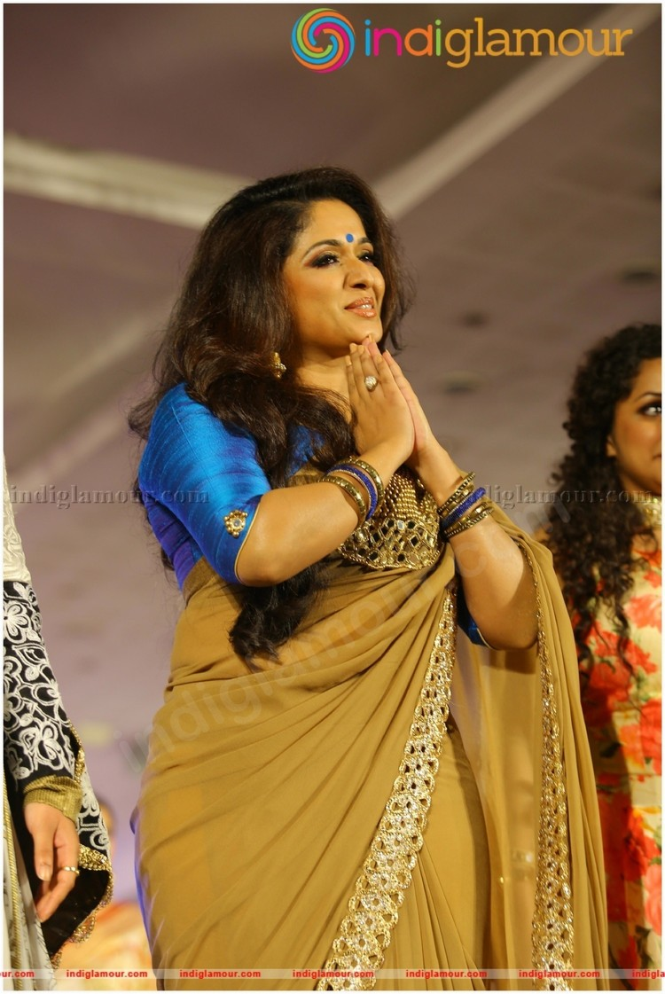Kavya Madhavan Latest Hot Photos In Saree From M4marry