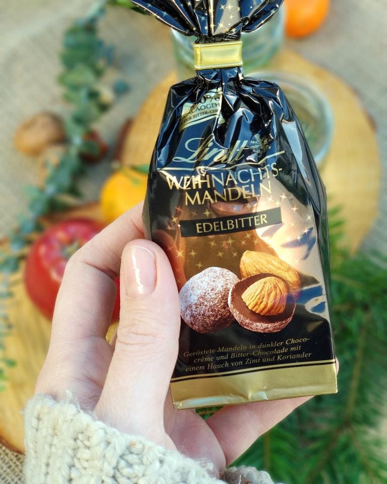 Welcher vegane Schoko Weihnachtsmann schmeckt am besten? Der große Test. | #milchfrei #laktosefrei #ohnemilch #zartbitter #edelbitter #dunkleschokolade #vegan #zuckerarm #fruktosearm | judetta.de