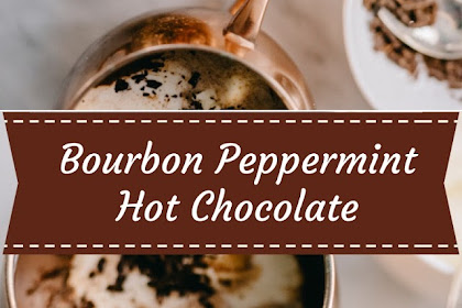 Bourbon Peppermint Hot Chocolate #christmas #drink