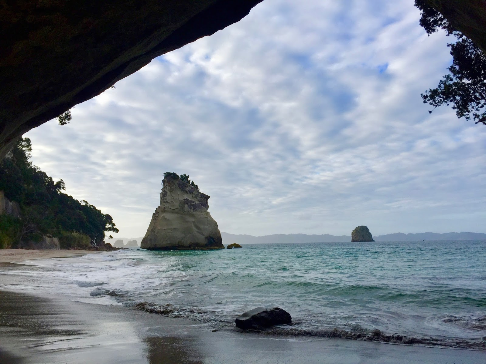 Dramatic sea at Cathedral Cove, best walks in New Zealand