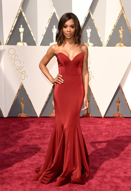 OSCARS 2016 : 88th Academy Awards! The Best Of The Outfits On The Red Carpet