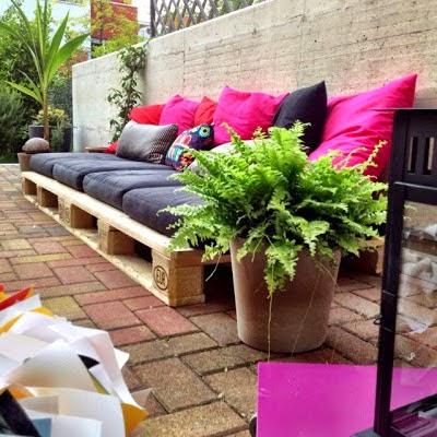 no hay nada que tenga ms xito que hacer un sof de exterior para el jardn lo utilizar todo el mundo y son fciles de hacer