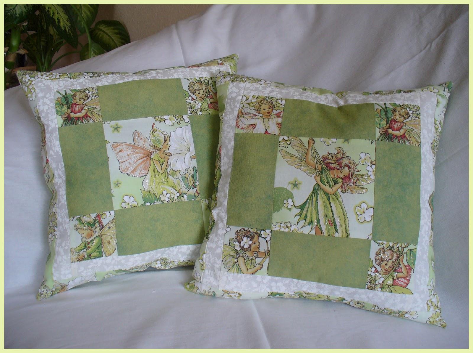 mutterhenne patchwork kissen n hen flower fairies. Black Bedroom Furniture Sets. Home Design Ideas