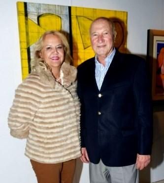 Foto de Gino Pinasco feliz con su pareja
