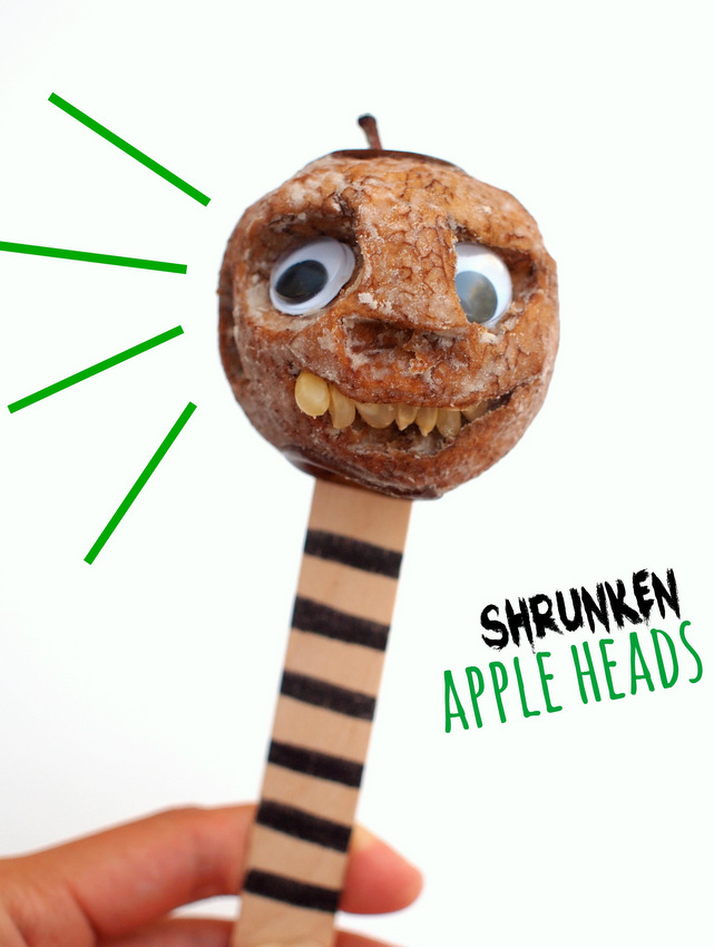 Super easy Halloween STEAM activity- make shrunken apple heads with kids!