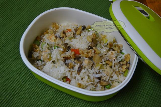 Tupper arroz vegano con tofu