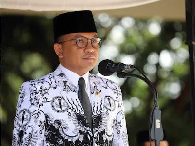 Ilham Azikin Pimpin Peringatan Hari Guru Nasional di Bantaeng