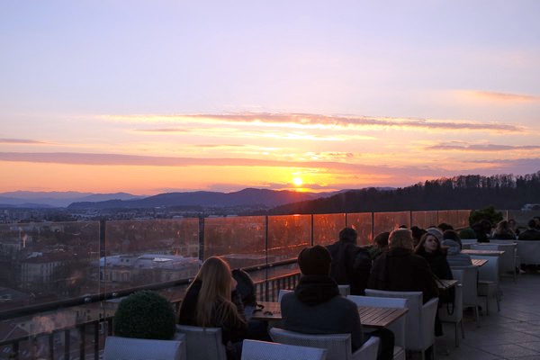 ljubljana Nebotičnik rooftop bar terrasse Skyscraper