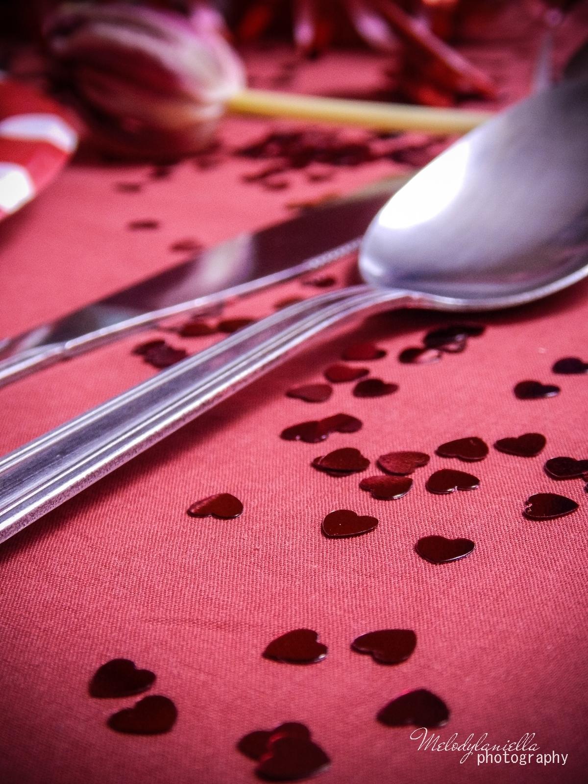14 jak udekorować stół na walentynki walentynkowa kolacja pomysły na walentynkowe prezenty walentynkowe dekoracje home interior valentines blog melodylaniella partybox red