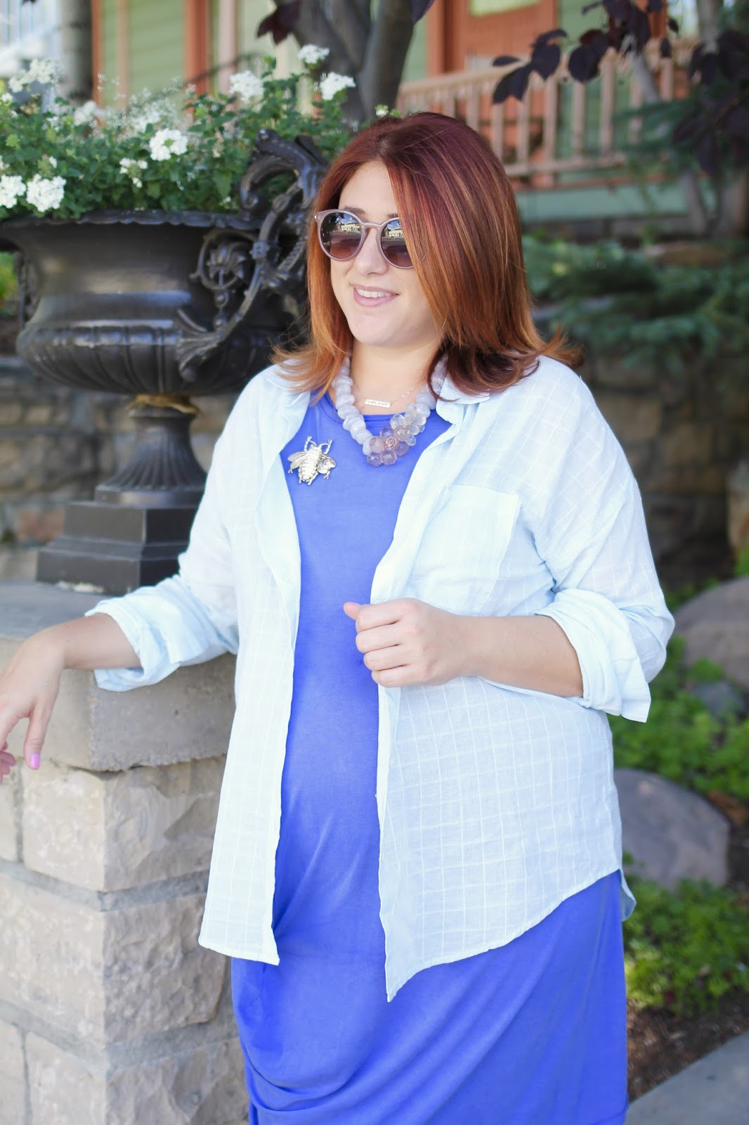rachel roy, blue dress, maternity style, red hair style, glitter sandals