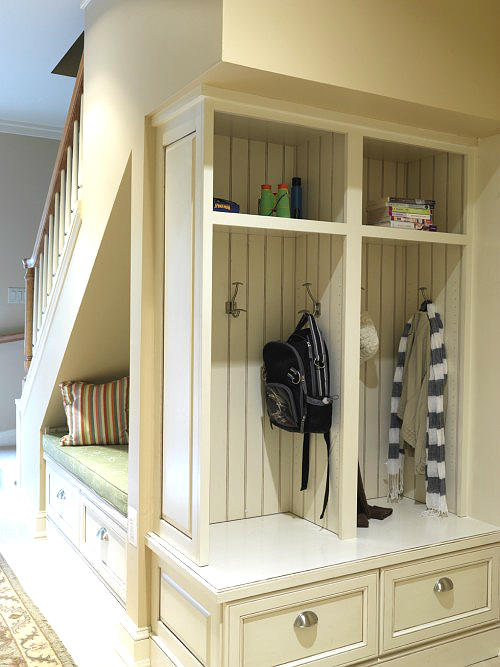 Anyone Can Decorate Great Mud Rooms And Organized Entry