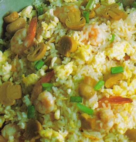 Cara Membuat Nasi Goreng Spesial Jamur Merang Pakai Udang
