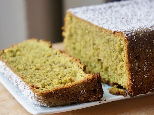 REZEPT: glutenfreier Matcha Kuchen