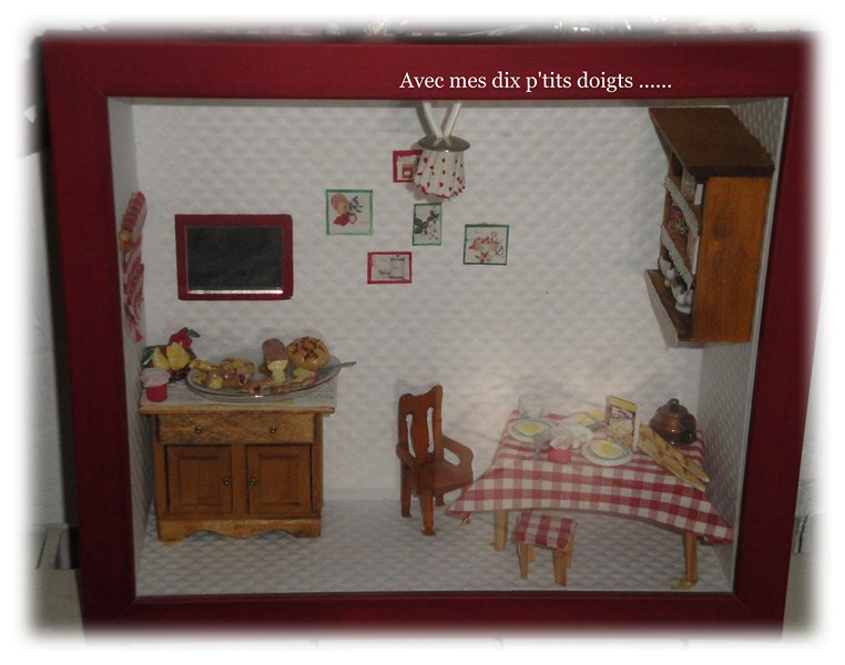 avec mes dix p 39 tits doigts vitrine de salle a manger. Black Bedroom Furniture Sets. Home Design Ideas