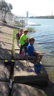 Niños y la pesca