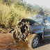 Mãe bate carro em traseira de carreta e filho de 14 anos morre, diz polícia