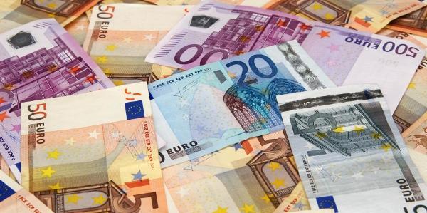 Έρχεται χαράτσι σε όσους δηλώνουν κάτω από 5.500 ευρώ – Τι προβλέπεται για ανέργους και αγρότες