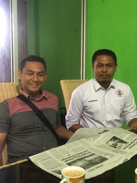 Koordinator GeRAK Aceh Askhalani dan Sekjen YARA Pusat Fakhrurrazi