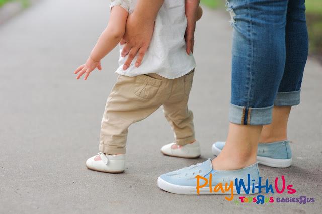 apprendre à marcher à bébé