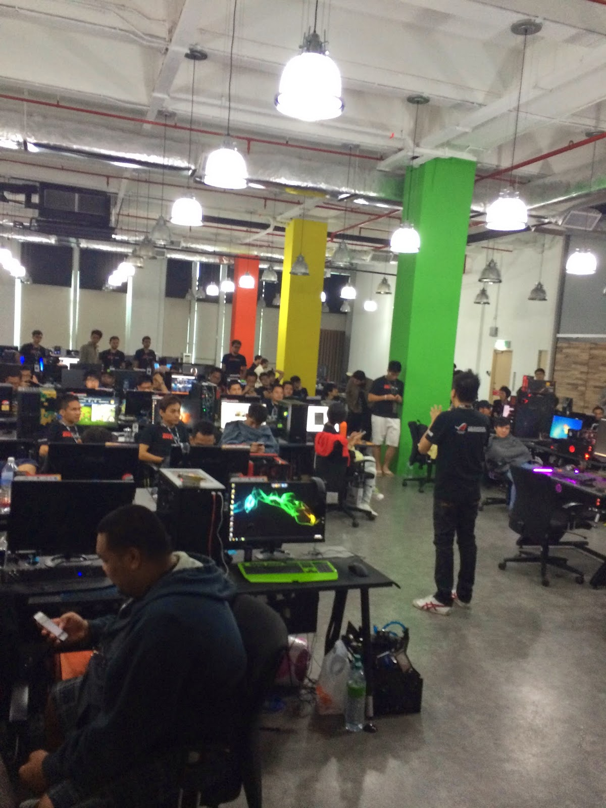 Coverage for ASUS LAN Party: DAY 2 7