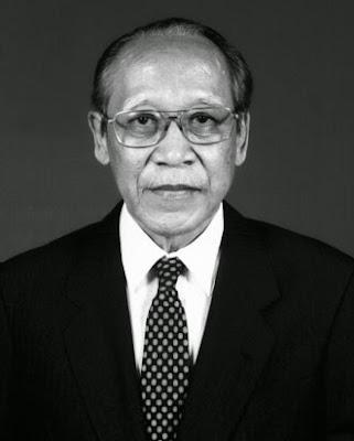 Foto Koentjaraningrat