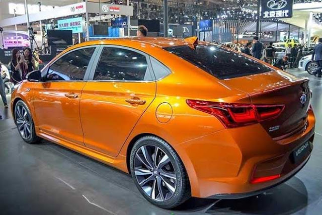 2017 Hyundai Verna left side rear view