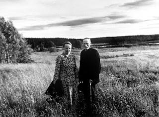 https://morfarshus.blogspot.se/2014/10/minne-av-sommarcafe-i-Sunnansjo-bygdegard.html
