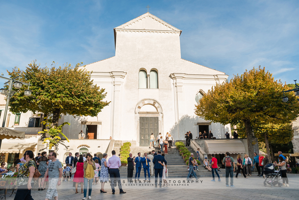 Guests gathered infront of Ravello church