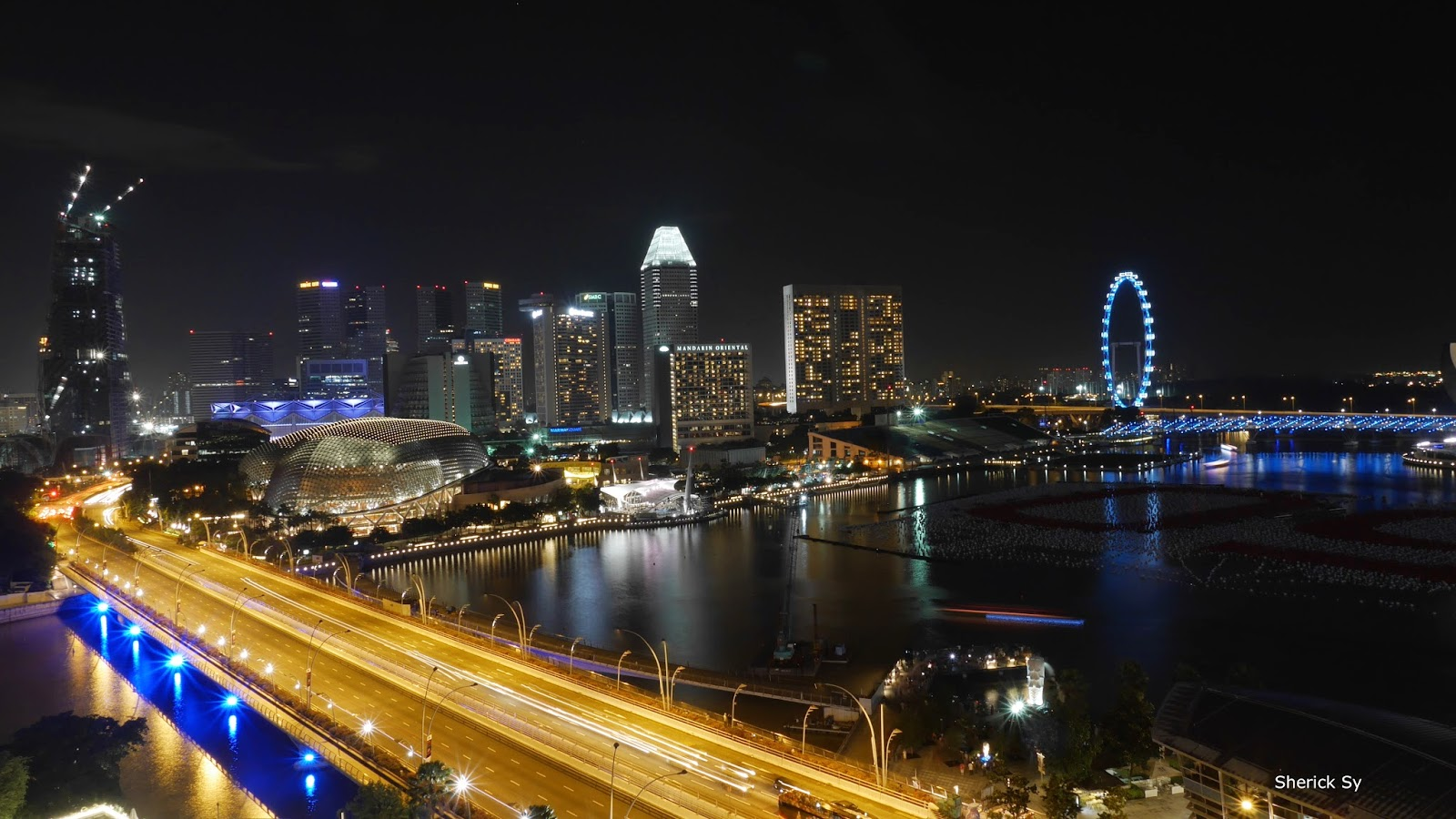 Esplanade Bridge at Night, Singapore