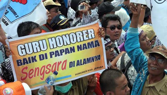 Honorer K2 Sabar Ya, Gaji Sesuai UMK Tinggal Tunggu Diteken...
