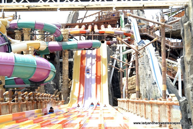 extreme slides in Yas Waterworld