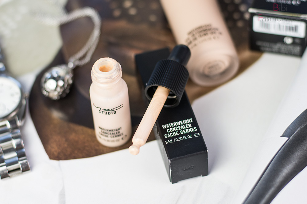 MAC Waterweight Concealer Pipette